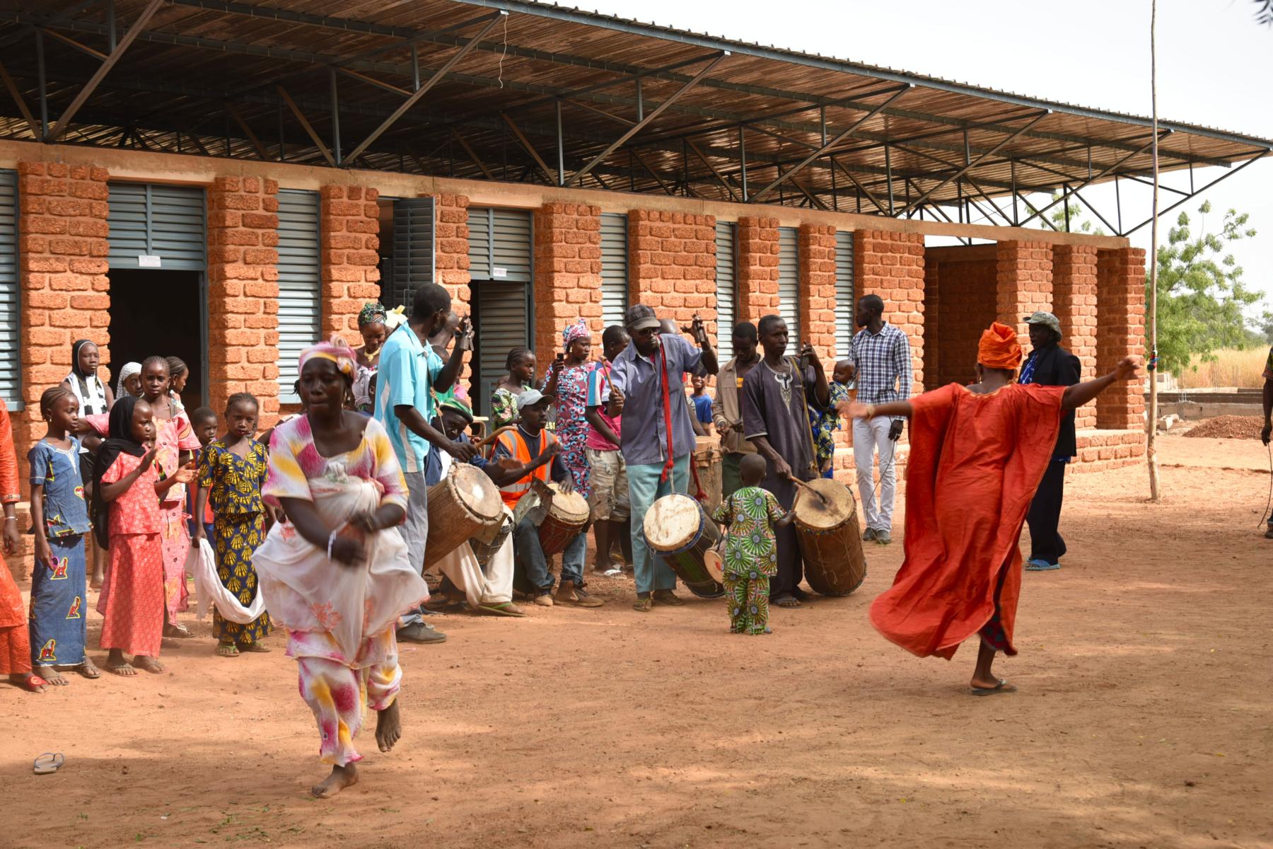 Africabougou associazione onlus – Scuola elementare villaggio di DIoubeba – Repubblica del Mali